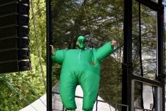 IMG_8405-kunstfehler-musik-live-westerwood-festival-open-air-heimborn-nister-altenkirchen-50-jahre-woodstock-punkrap-musiker-band-koblenz-buehne-festivalsommer-2019