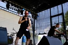 IMG_8460-kunstfehler-musik-live-westerwood-festival-open-air-heimborn-nister-altenkirchen-50-jahre-woodstock-punkrap-musiker-band-koblenz-buehne-festivalsommer-2019