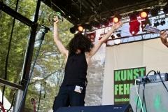IMG_8488-kunstfehler-musik-live-westerwood-festival-open-air-heimborn-nister-altenkirchen-50-jahre-woodstock-punkrap-musiker-band-koblenz-buehne-festivalsommer-2019