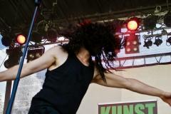 IMG_8489-kunstfehler-musik-live-westerwood-festival-open-air-heimborn-nister-altenkirchen-50-jahre-woodstock-punkrap-musiker-band-koblenz-buehne-festivalsommer-2019