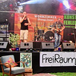 kunstfehler-musik-rhein-in-flammen-koblenz-koblenzer-sommerfest-2018-freiraum-wohnzimmer-buehne-orange-stage-freitag-deutsches-eck-band-duo-rock-rap-atze-live-konzert-sprechgesang-9