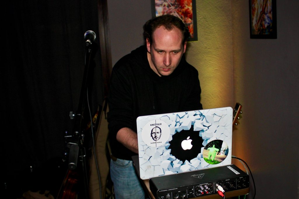1-kunstfehler-konzert-live-musik-koblenz-whites-stadttuni-tonzimmer-vorstadt-gig-kneipe-rock-rap-crossover